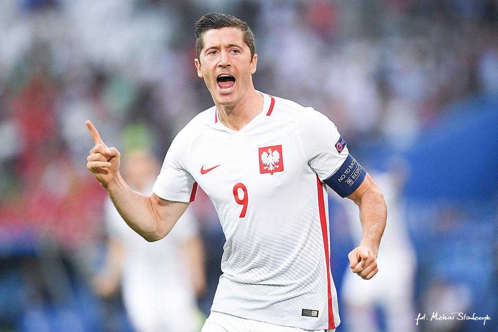 30.06.2016 POLSKA - PORTUGALIA 1/4 FINALU CWIERCFINAL UEFA EURO 2016 PILKA NOZNA